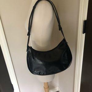 Kenneth Cole black leather shoulder bag